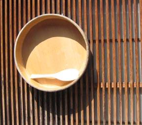 Bol en bois japonais